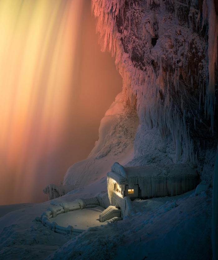 ipeksi görünümlü Niagara geceleri düşer